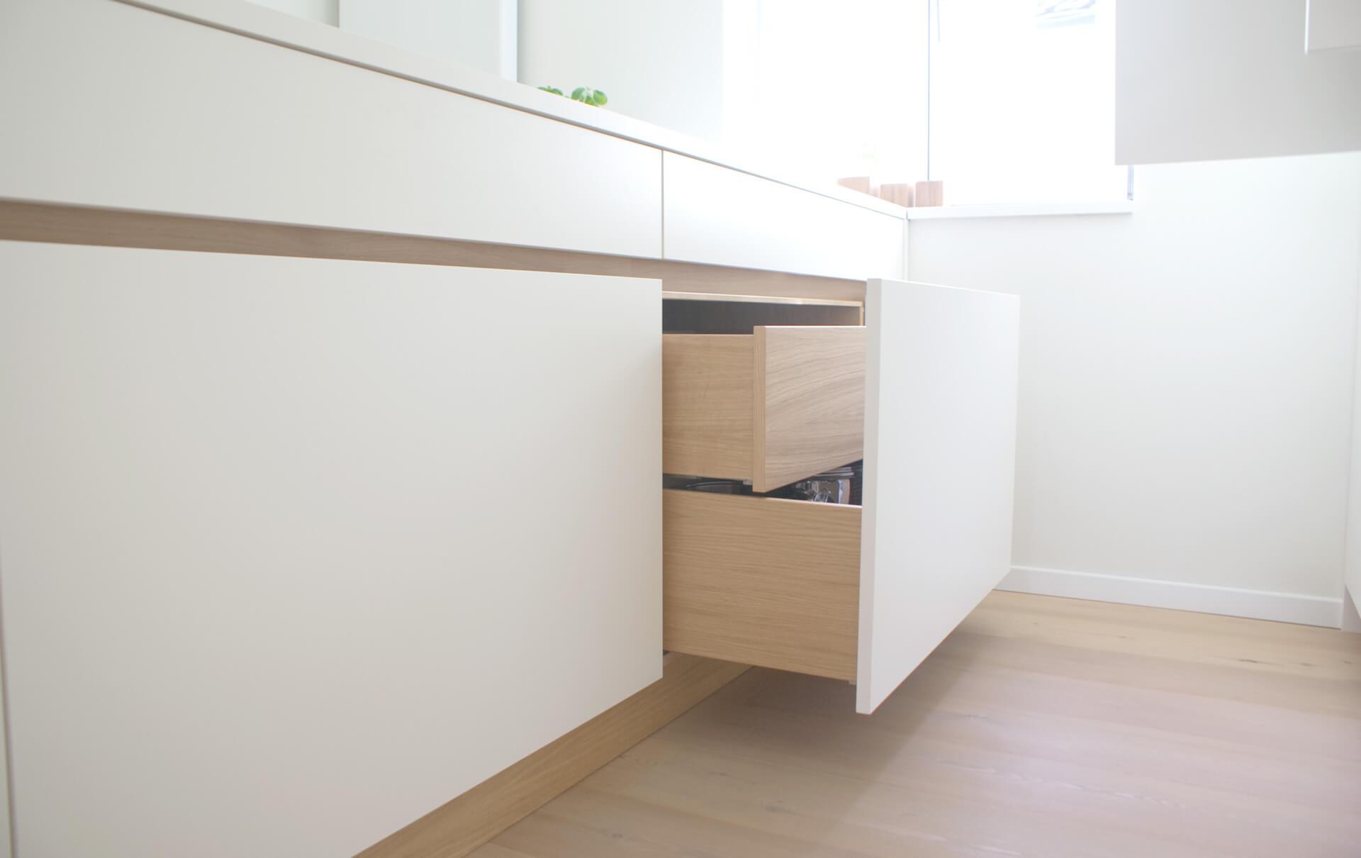 k che in hpl eiche von tino skuthan schreinerei weihenzell. Black Bedroom Furniture Sets. Home Design Ideas